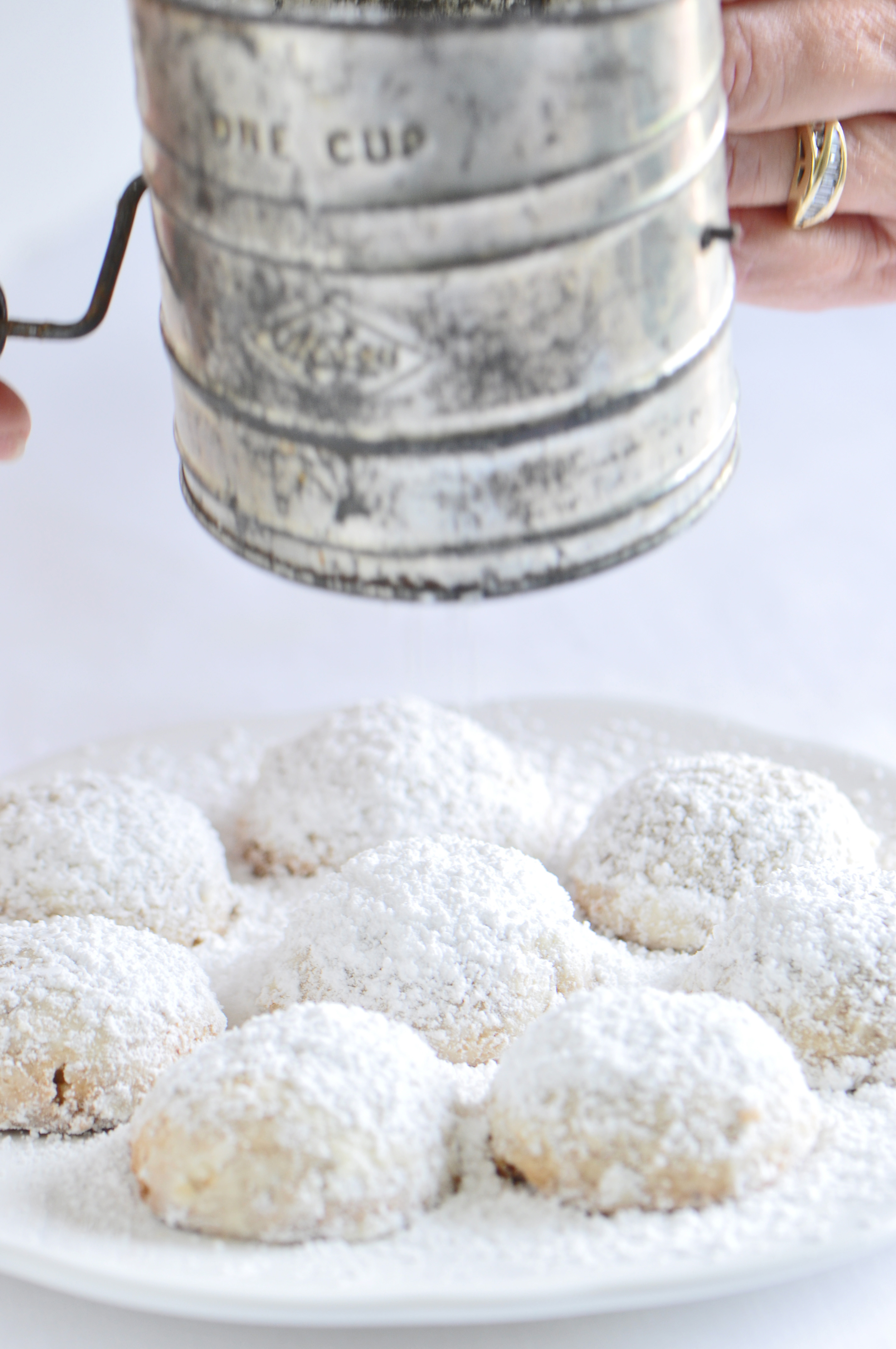 Christmas Cookie Countdown And Mexican Wedding Cookie Recipe Sifting Focus