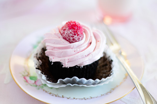 Black Cocoa Cupcakes with Raspberry Chambord Buttercream ...